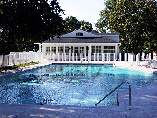 Knollwood Country Club Pool House